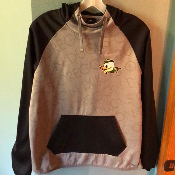 Nike Sweaters - Nike Oregon Ducks Sweatshirt